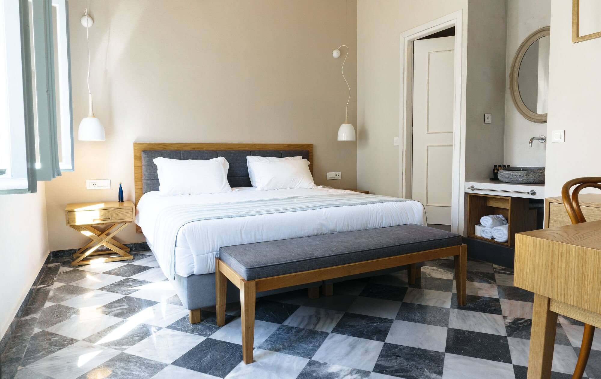 Hotel Off Chania Deluxe Gardenview Bed Room