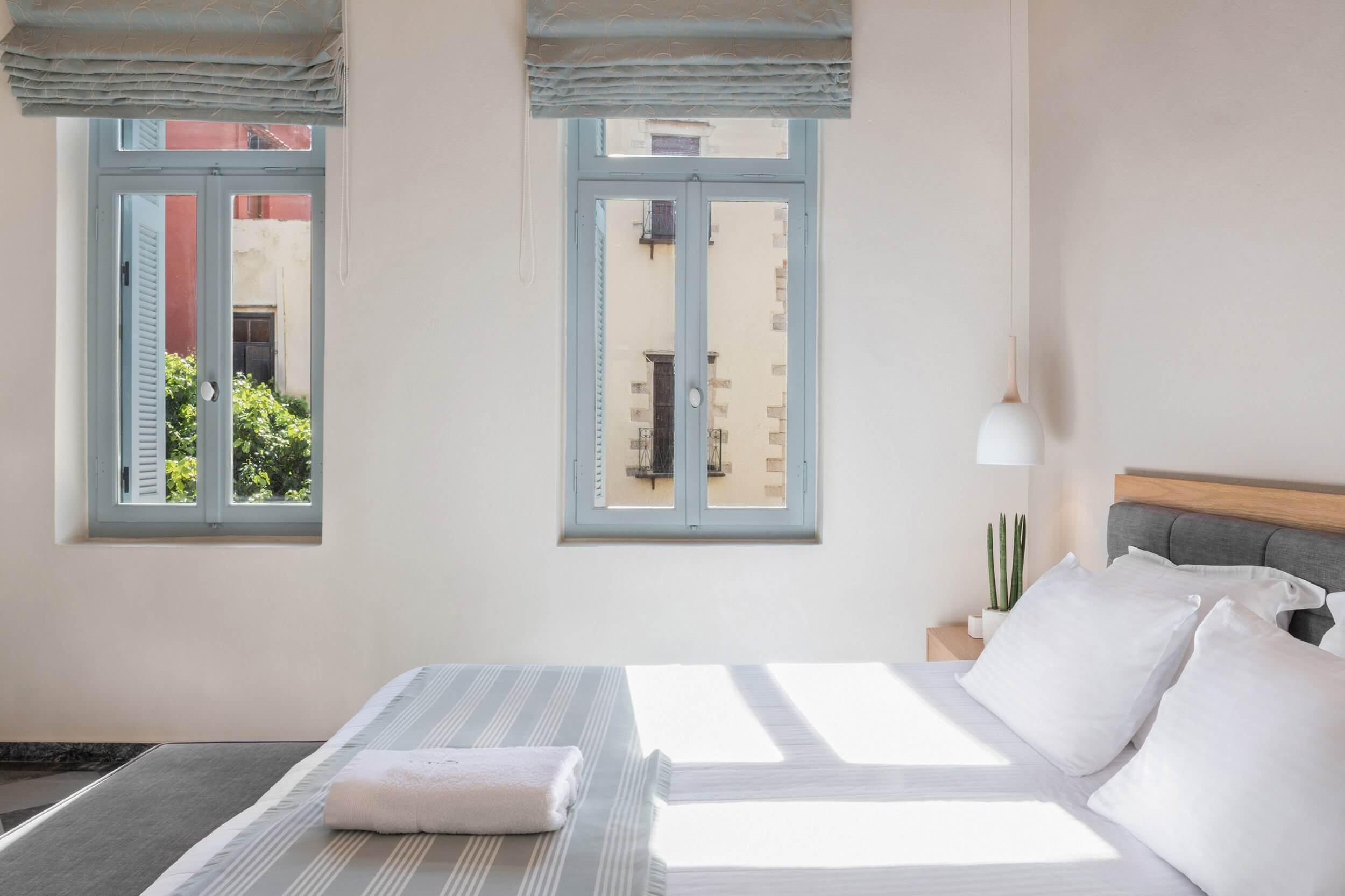 Hotel Off Chania Deluxe Gardenview Windows 1