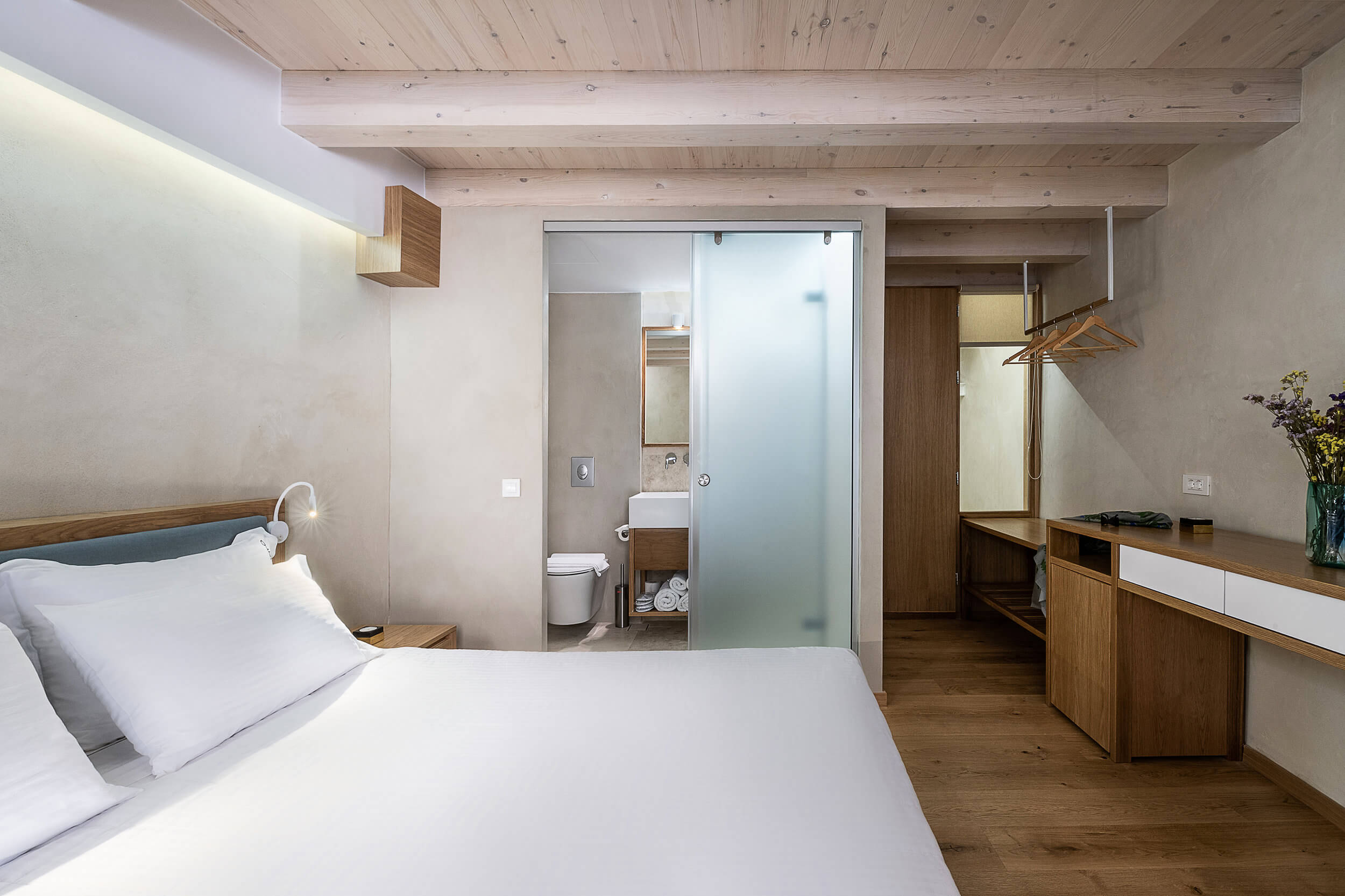 Hotel Off Deluxe Double City B 3